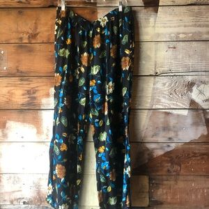 Silhouettes Size 2X Casual Floral Tapered Pants